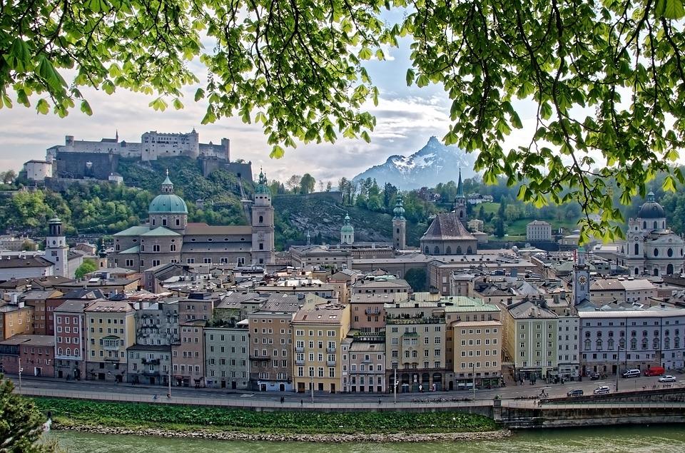 Panorama vue de la ville de Salzbourg en Autriche