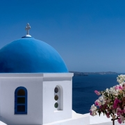 Santorin et ses toits bleus Grèce Europe Voyage