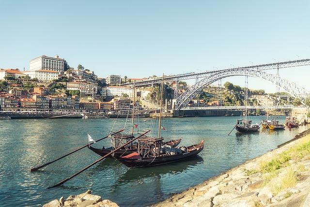 Vue sur le Pont Dom Luis Porto Portugal Europe Voyage