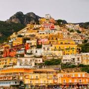 Positano et ses maisons colorées Italie Europe Voyage