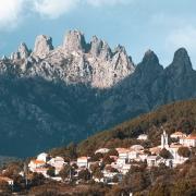Montagne de Bavella et village de Zonza Corse France Europe Voyage